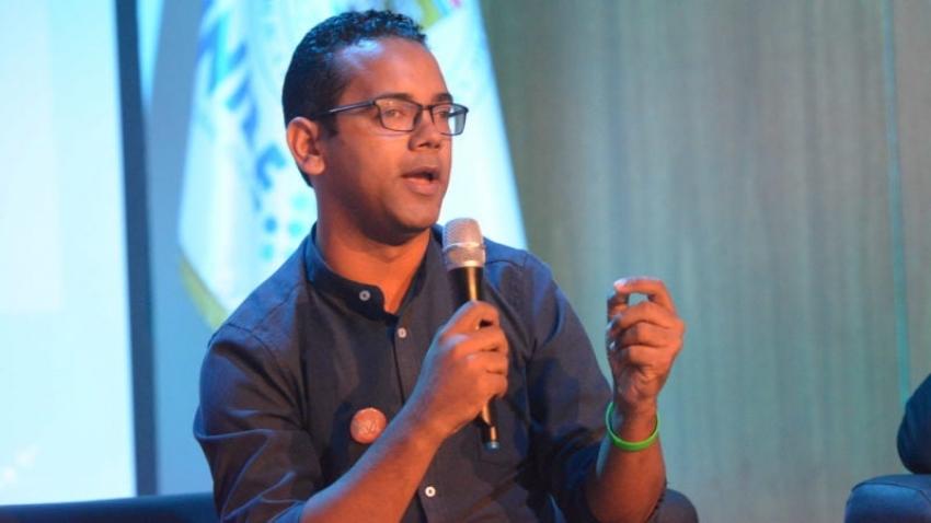 Jhonatan Liriano exhorta a jóvenes no dejar la política a narcos, lavadores y herederos de las élites