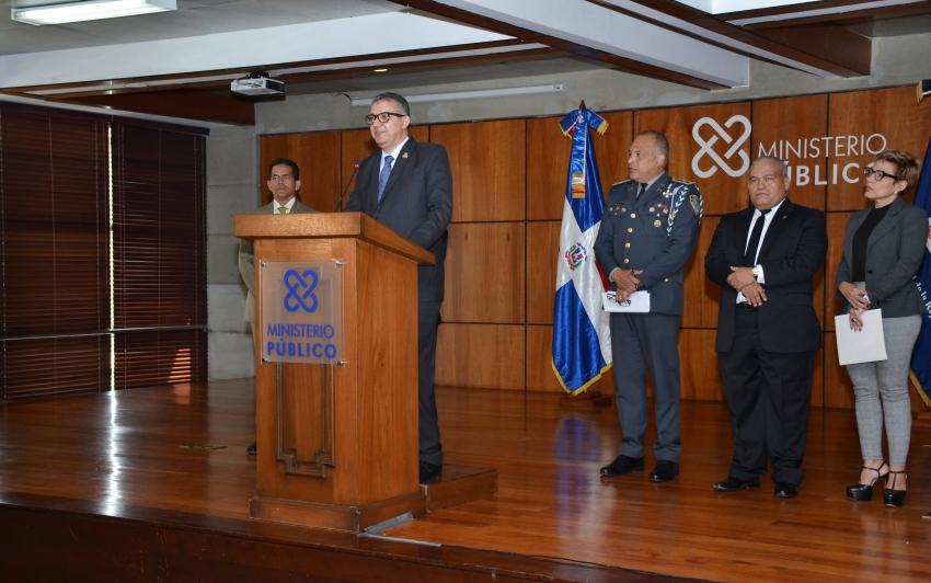 Ministerio Público y Policía dan duro golpe a trata y tráfico de personas durante operativo en todo el país