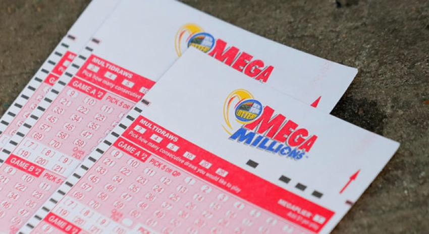 Olvida 5 billetes de lotería en tienda, vuelve por ellos y uno sale premiado con U$273 millones