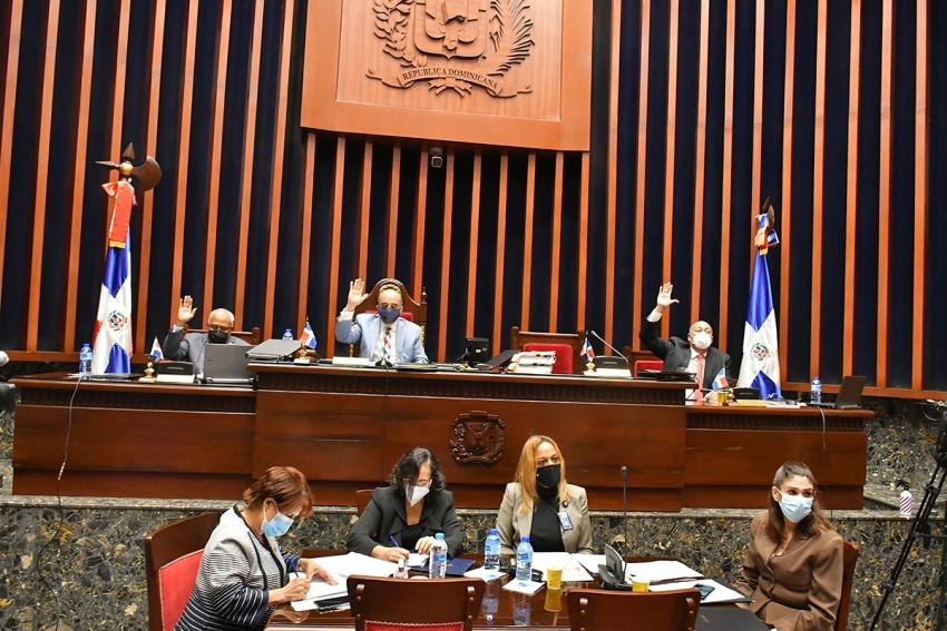 Senado aprueba en segunda lectura Ley Orgánica de Seguridad y Defensa Nacional