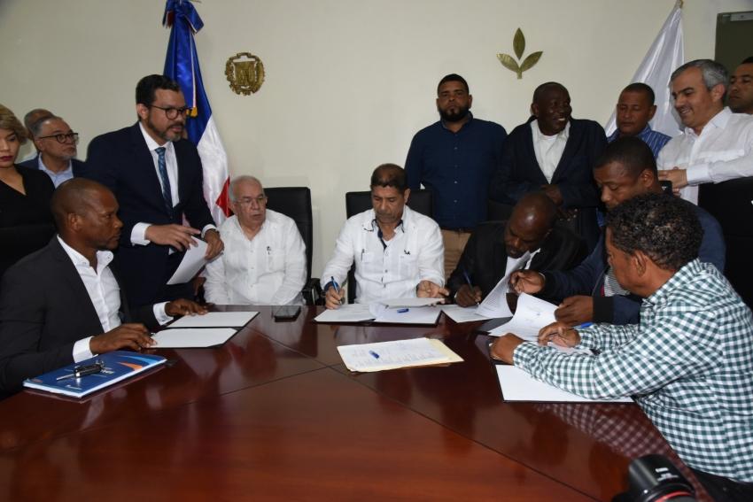 Alfredo Pacheco dice Cámara de Diputados tiene 7 mil proyectos pendientes por conocer