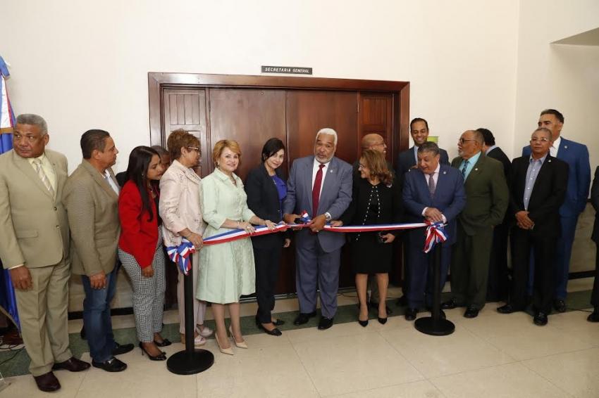 Presidente Cámara de Diputados encabeza reinauguración oficinas Secretaría General Legislativa