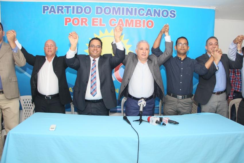 Dominicanos por el Cambio proclama a Taveras Guzmán como su candidato a senador por la provincia Santo Domingo