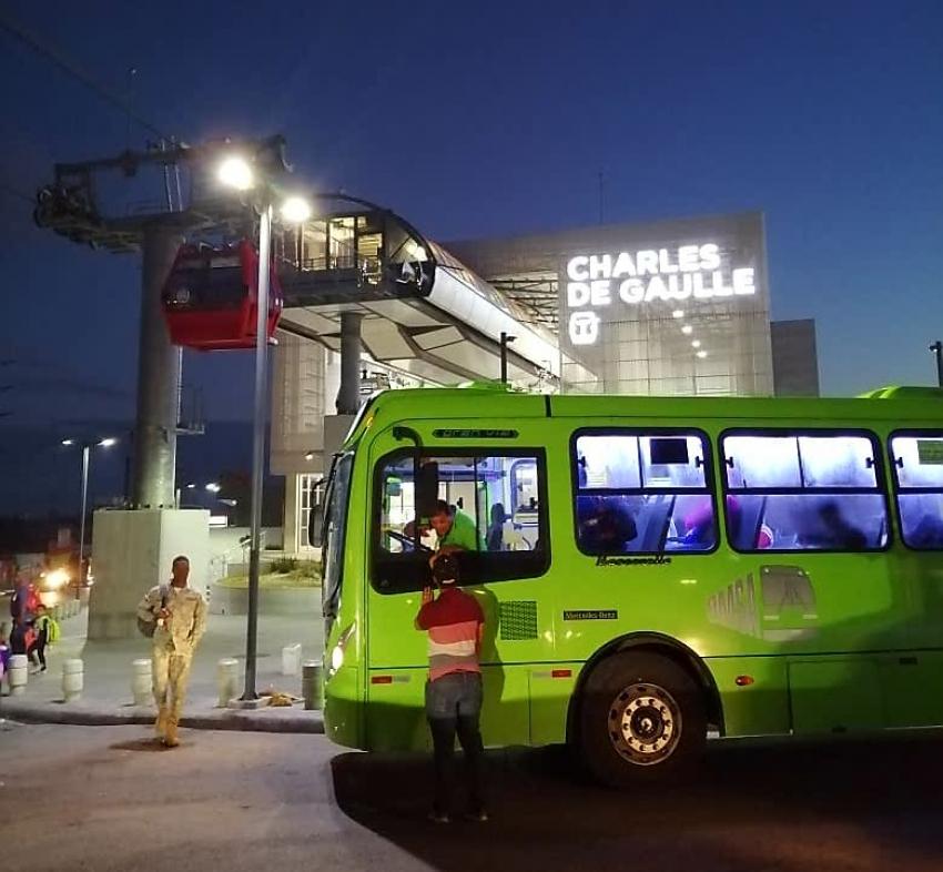 OMSA inicia movimiento de usuarios del Teleférico; autobuses utilizan sistema de cobro electrónico similar al de Metro