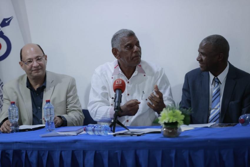 Ministro Macarulla anuncia fondo de inversión participativo para el Plan de Desarrollo Turístico de Pedernales